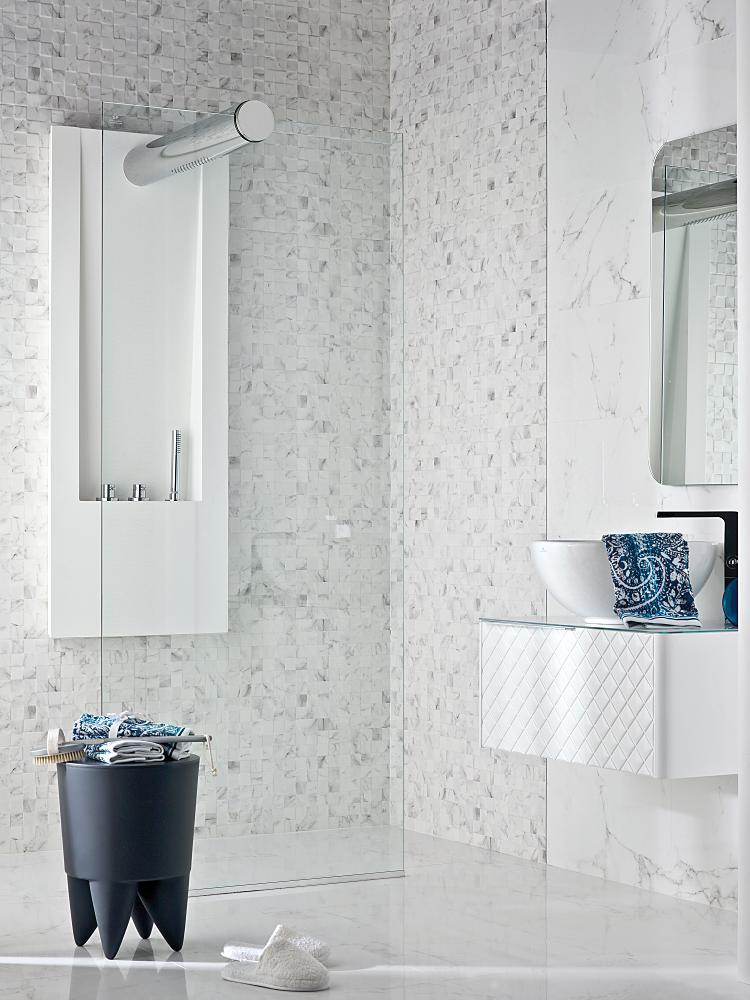 Porcelanosa Marmol Carrara Blanco Installation Image