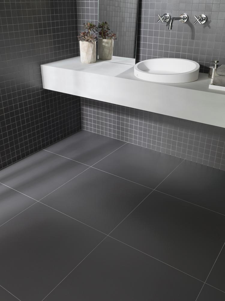 Porcelanosa Town Black Nature 59.6 x 59.6 cm, Town Black Nature Mosaic 29.7 x 29.7 cm