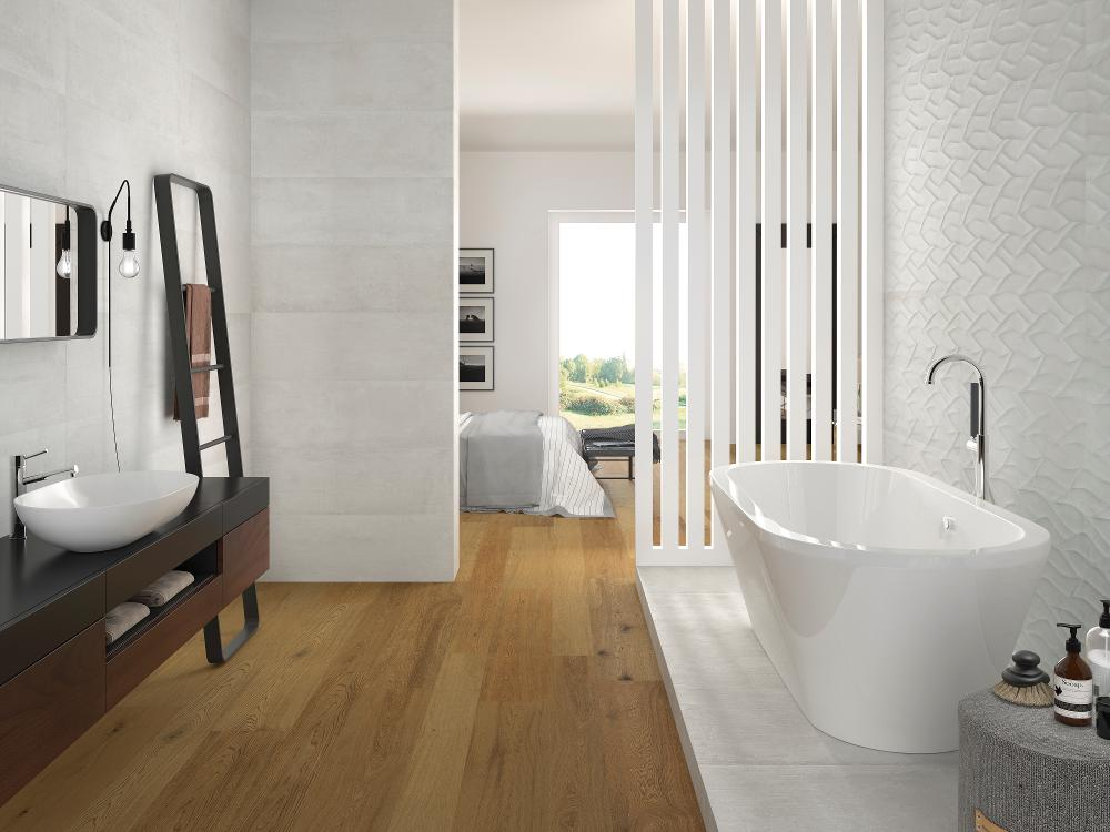 Porcelanosa Newport White 33.3 x 100 cm, Smart Nairobi Honey 22 x 90 cm, Ona White Matt 33.3 x 100 cm
